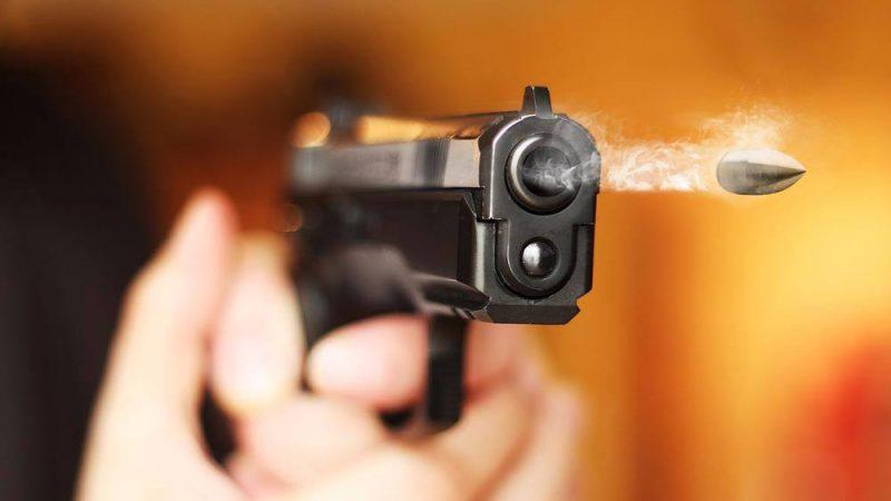 कर्नाटक: एक शख्स ने बीच सड़क पर अपने पूरे परिवार की गोली मारकर की हत्या