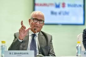 आर्थिक मंदी नहीं, महंगी होने के कारण गिरी कारों की बिक्रीः RC भार्गव