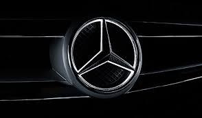 मर्सिडीज-बेंज ने एक दिन में की 200 कारों की डिलीवरी