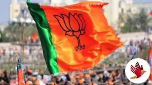 पदोन्नति में आरक्षण खत्म करने के लिए हड़ताली कर्मचारियों ने की BJP अध्यक्ष से मुलाकात