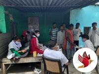 बाहरी लोगो की सूचना पर पहुँची मेडिकल टीम, की जाँच, दी सलाह और उपचार