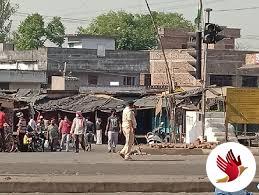 झारखंड: लॉकडाउन का आठवां दिन / पहला संक्रमित मरीज मिलने के बाद पुलिस-प्रशासन सख्त, बाजारों में रामनवमी की खरीदारी को लेकर भीड़