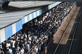 2.20 lakh people from Delhi to AP and Telangana till March 23, Railways revealed