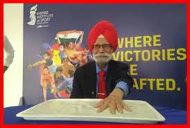 बलबीर सिंह के नाम पर होगा मोहाली स्टेडियम का नाम, कैप्टन बोले- 'लीजेंड' को मिले भारत रत्न