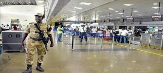 24 घंटे में एयरपोर्ट पर तैनात सीआईएसएफ के 18 जवान हुए कोरोना संक्रमित