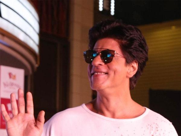 अक्टूबर में शुरू होगी शाहरुख की नई फिल्म की शूटिंग