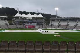बारिश से धुला इंग्लैंड-पाकिस्तान का मुकाबला