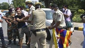 तिब्बती कार्यकर्ता को दिल्ली पुलिस ने हिरासत में लिया
