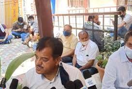 धरने पर बैठे विधायक सुंदर सिंह