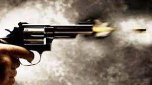 प्रेम विवाह करने वाले युवक-युवती को मारी गोली