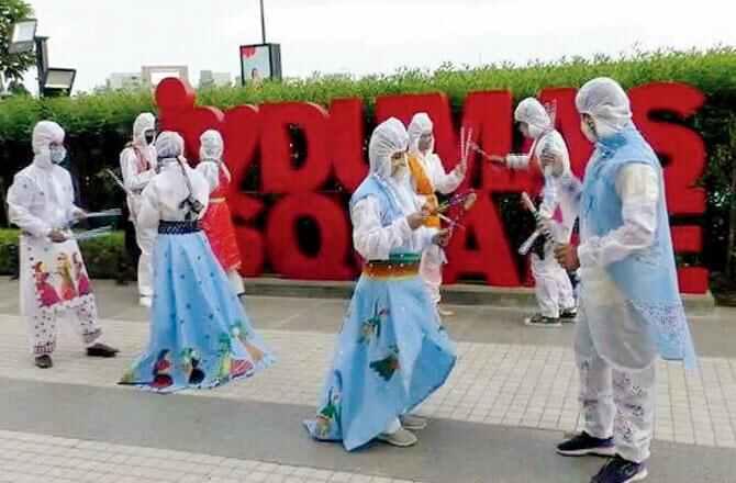 સુરતમાં બનાવવામાં આવી PPE ચણીયા ચોળી