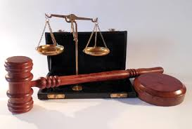 मुकेश खन्ना और रजा मुराद समेत 14 पर परिवाद दर्ज
