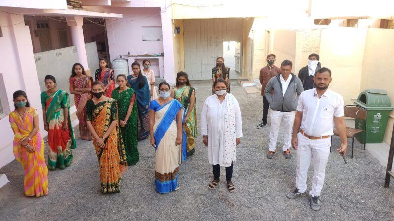 દામનગર: એસ.વી.વિદ્યાનિકેતન તથા ૐ સાંઈ સ્કુલમાં 72 પ્રજાસત્તાક દિનની હર્ષભેરઉજવણી