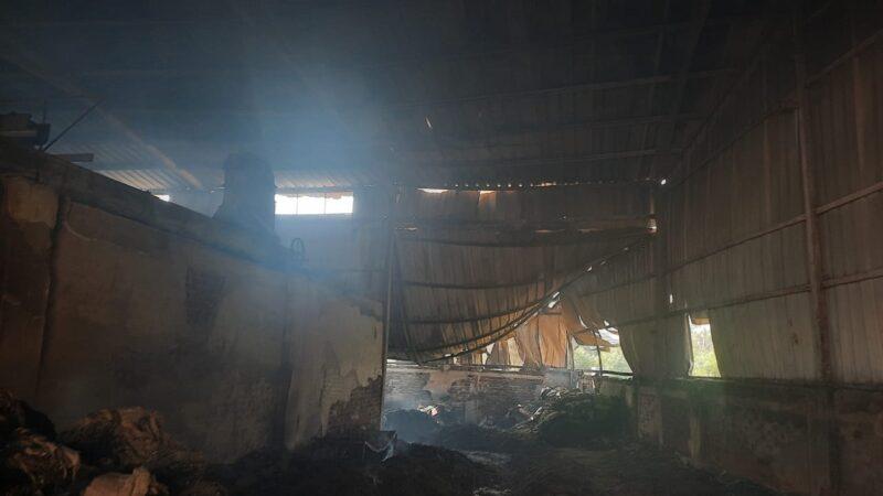 અલદેસણ ગામની કોટનમિલમાં આગ લાગતા લાખોના નુકસાનની ભીતિ