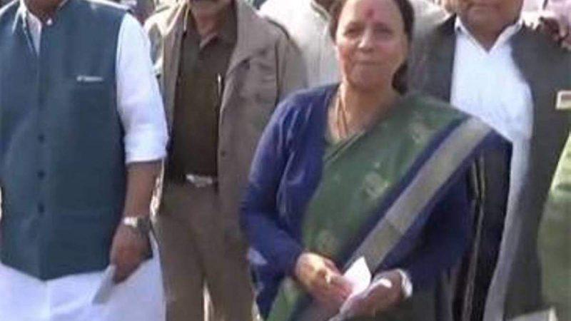 कांग्रेस : आज दिल्ली में बैठक, इंदिरा हृदयेश ने साधा निशाना