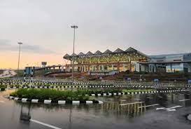 केरल: कन्नूर हवाईअड्डे पर सोना तस्करी